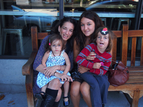 Article Author Amandine with Family