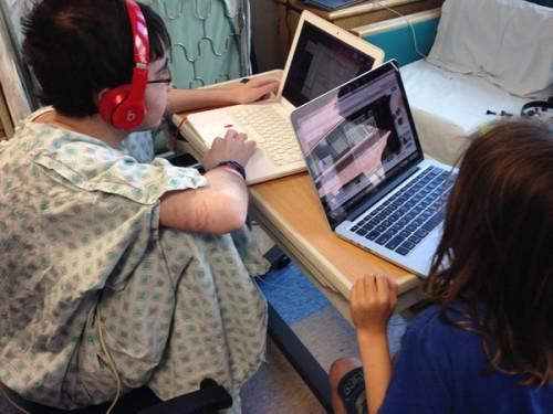 boys-playing-computers-hospital
